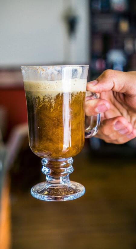 Łączenie kawy i alkoholu